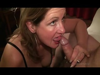 Slut Mom gets a facial